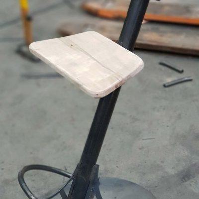 izrada-barskih-stolica-celicna-stolica-2