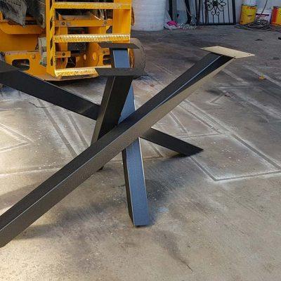 metalni-namestaj-izrada-stola-metalne-konstrukcije-2