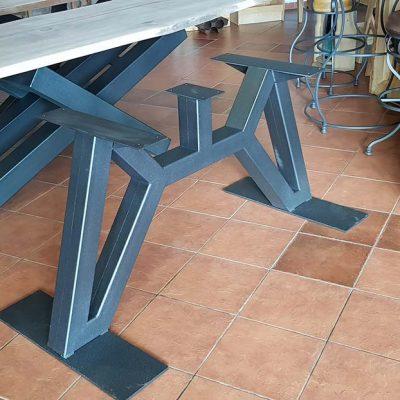moderni-metalni-namestaj-izrada-stola-3