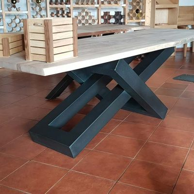 moderni-metalni-namestaj-izrada-stola-4