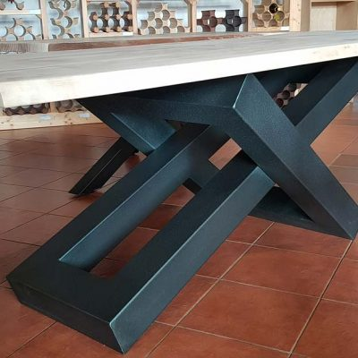 moderni-metalni-namestaj-izrada-stola-5